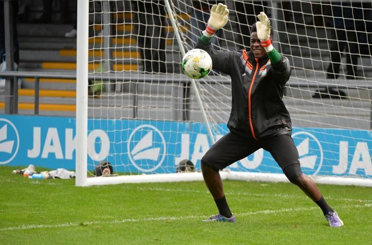Kai McKenzie-Lyle Goalkeeper scores on his international debut after being discovered