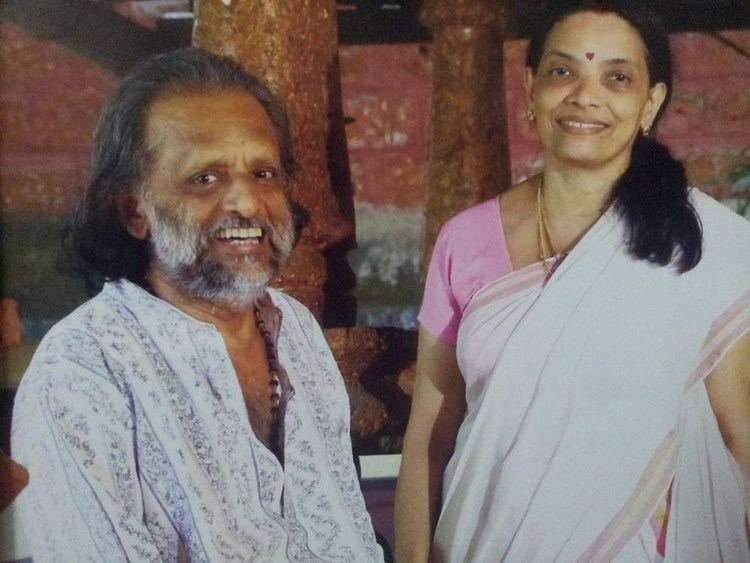 Kaithapram Damodaran Kaithapram Damodaran Namboothiri with his Wife Devi Antharjanam