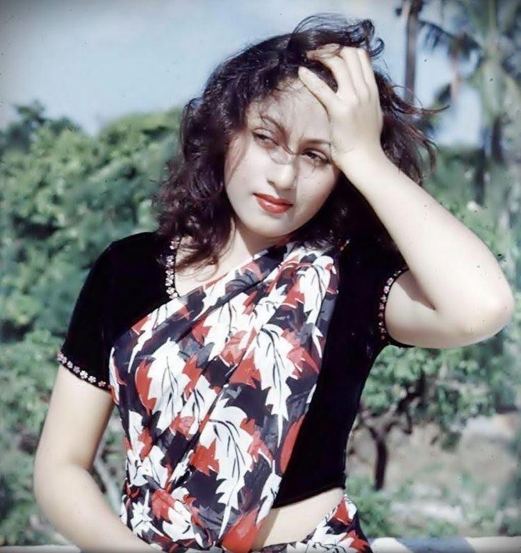 Acha Ji Mein Hari Madhubala Kala Pani 1958 film YouTube