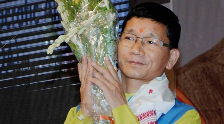 Kalikho Pul Former Arunachal Chief Minister Kalikho Pul Found Dead
