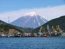 Kamchatka Peninsula httpsuploadwikimediaorgwikipediacommonsthu