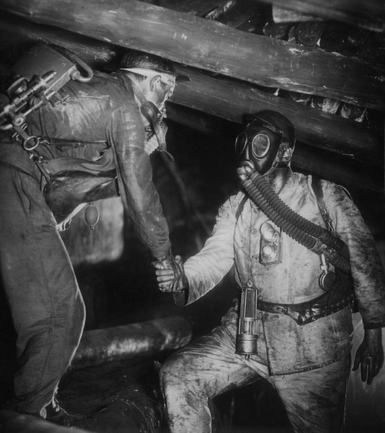 Kameradschaft Kameradschaft Comradeship 1931 Directed by G W Pabst A