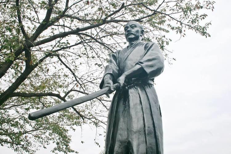 Kamiizumi Nobutsuna Kamiizumi Nobutsuna maestro de la espada japonesa PEQUEOS UNIVERSOS