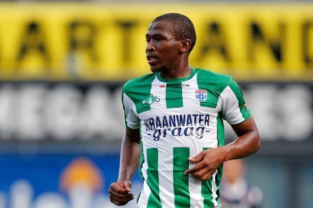Kamohelo Mokotjo Southampton sound out FC Twente39s Kamohelo Mokotjo as they