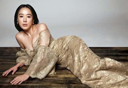 Kang Soo-yeon Netizens Pick the 50 Most Beautiful Korean Actors and