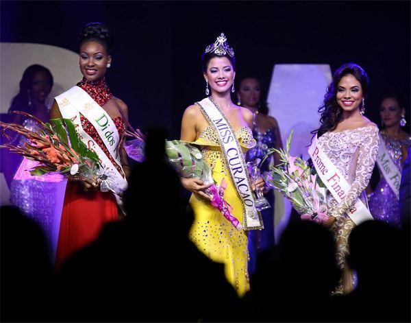 Kanisha Sluis Miss Curacao 2015 is Kanisha Sluis Missosology
