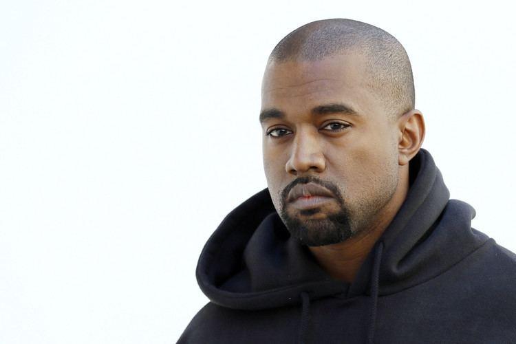 Kanye West School of Art Institute to award Kanye West honorary