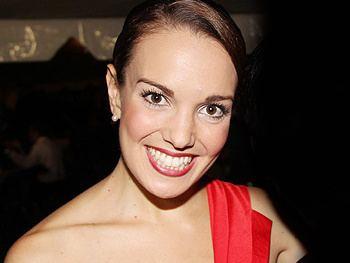 Kara Lindsay Kara Lindsay Biography Broadwaycom