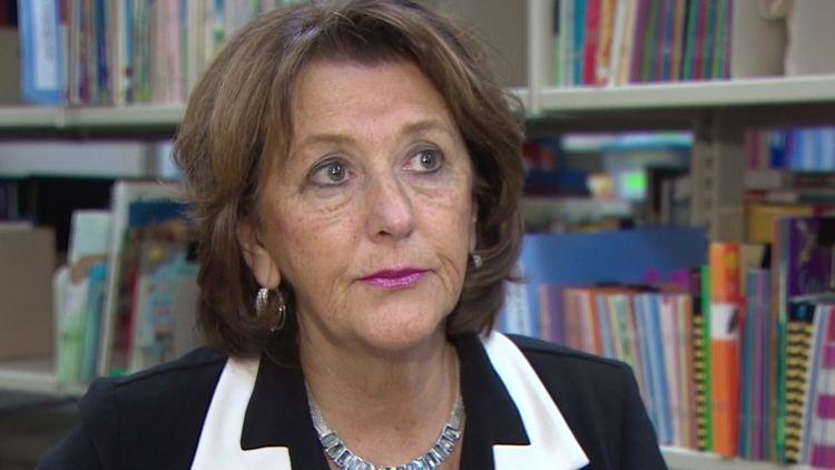 Karen Casey Karen Casey says contract would have included teachers in reforms