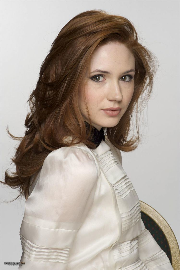 Karen Gillan Karen Gillan Squares The Circle The Tracking Board