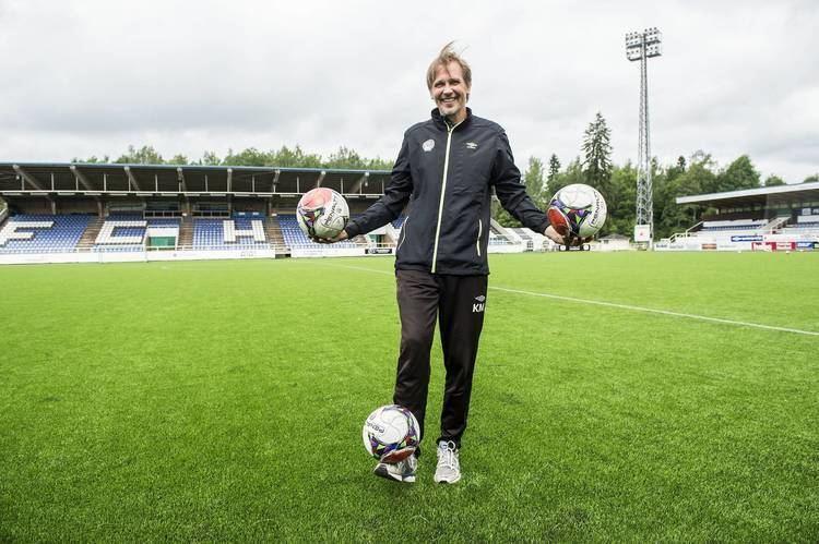Kari Martonen Kari Martonen jalkapallomaajoukkueen valmennusryhmn Aamulehti