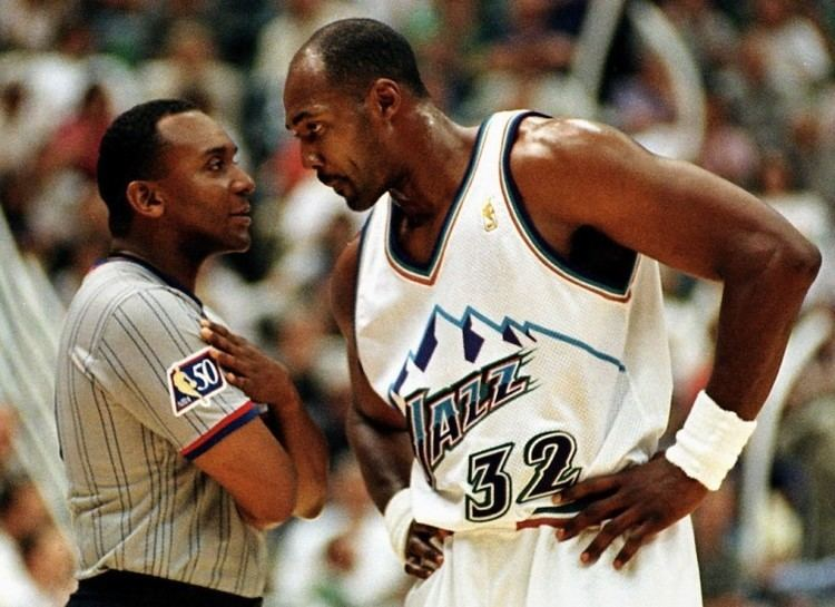Karl Malone 10 NBA Players Most Known for Playing Dirty
