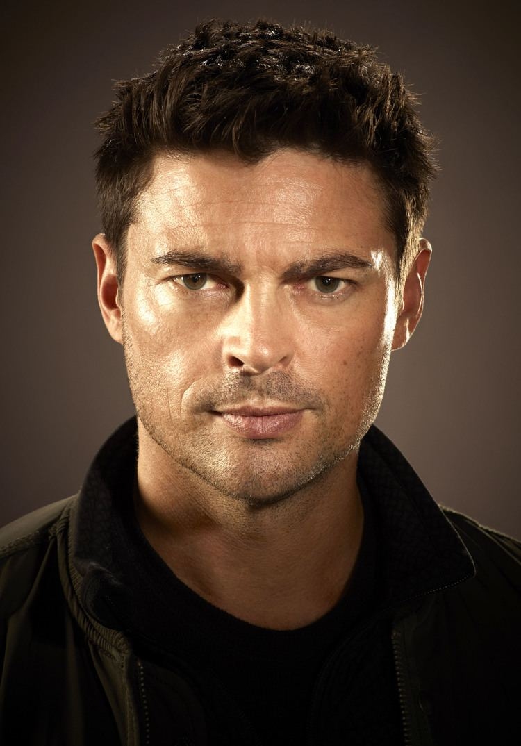 Karl Urban Almost Human Interview Karl Urban Talks Futuristic World