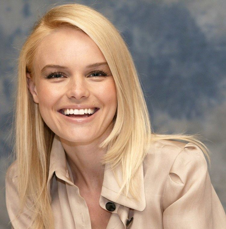 Kate Bosworth Catherine Ann Kate Bosworth born January 2 1983 is an American