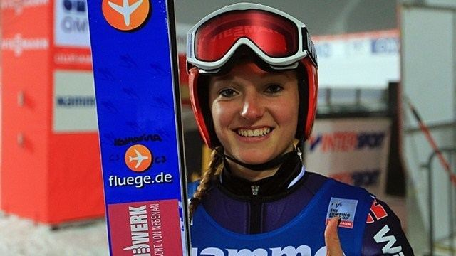 Katharina Althaus Katharina Althaus wins qualification at Ladies39 World Cup