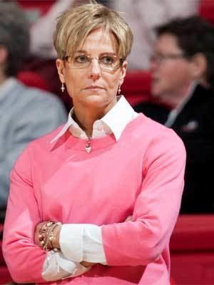 Kathi Bennett Womens hoops coach Bennett More energy