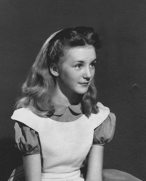 Kathryn Beaumont Kathryn Beaumont the actress for Alice in Disney39s quotAlice