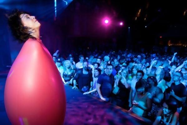 Katie Balloons NYC Balloon Artist amp Entertainer Corporate Events