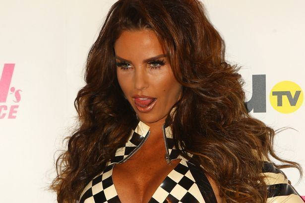 Katie Price Katie Price goes back to blonde Star returns to her