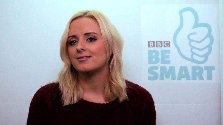 Katie Thistleton BBC WebWise Katie Thistleton obsessed with selfies