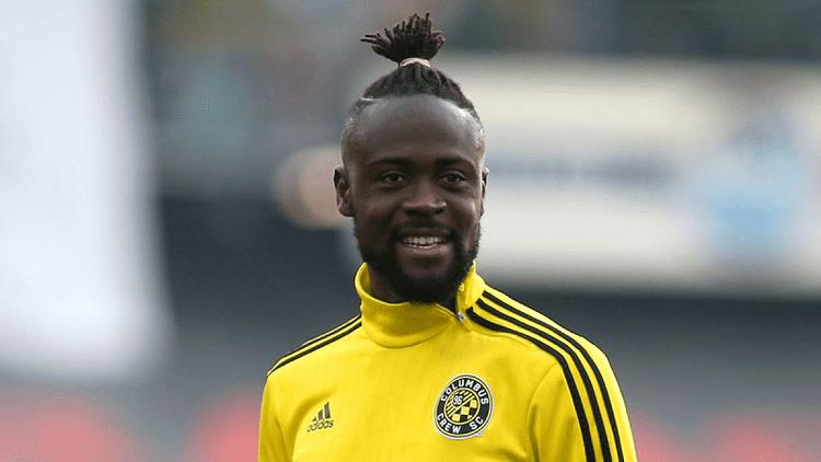 Kei Kamara Sierra Leonean Footballer Kei Kamara Gets Booked With A Yellow