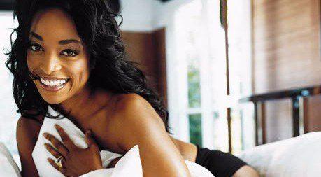 Kellita Smith Kellita Smith looks hot and gorgeous at a photoshoot