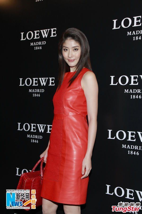 Kelly Chen Hong Kong singer and actress Kelly Chen Chinese Entertainment News