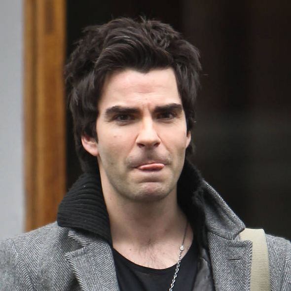 Kelly Jones Stereophonics axe Australia gig after Kelly Jones falls