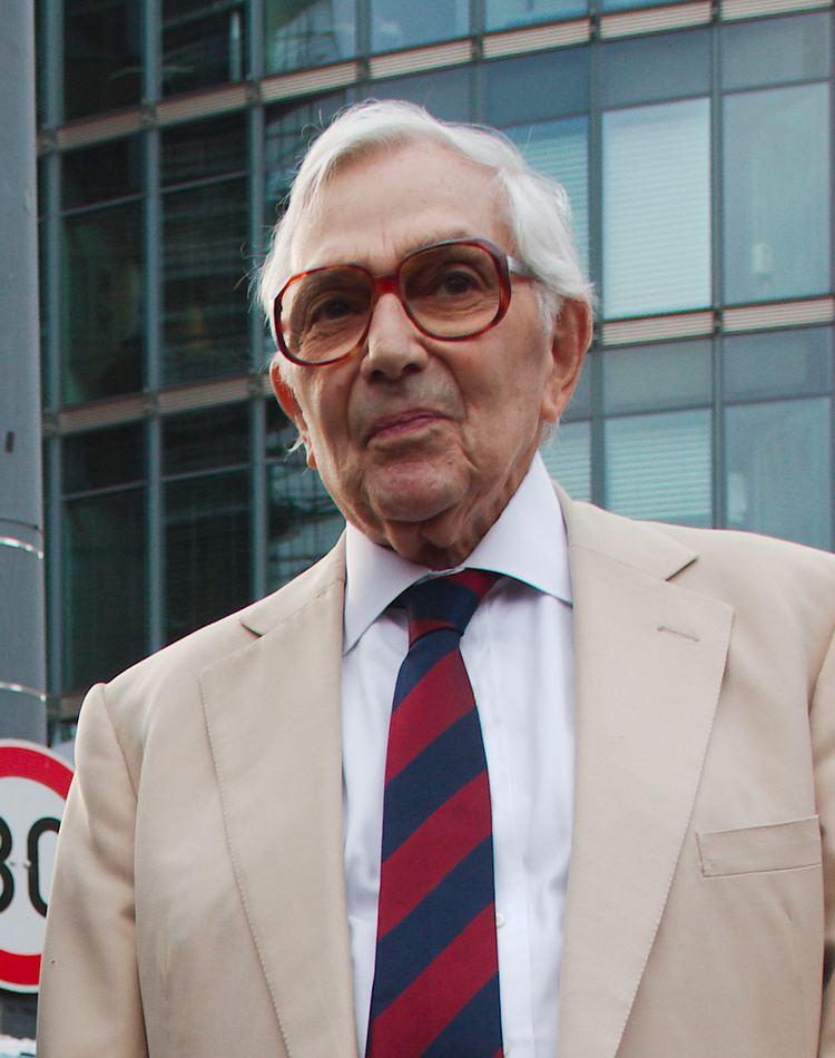 Ken Adam httpsuploadwikimediaorgwikipediacommons33