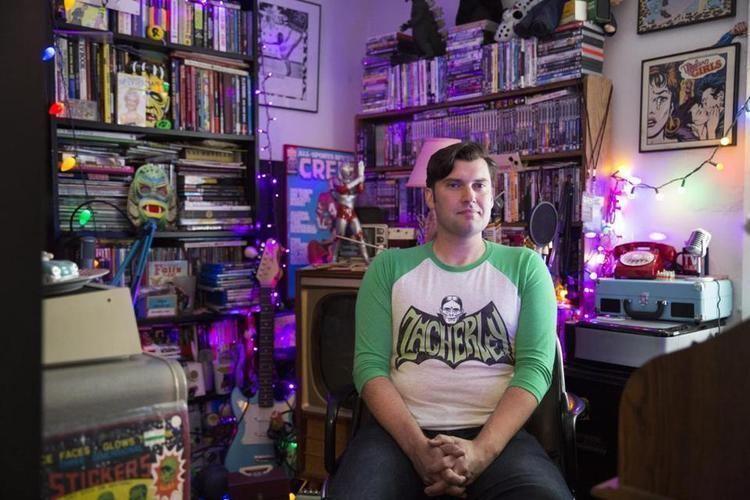 Ken Reid (comedian) For TV nerd and comic Ken Reid podcast scratches a niche The