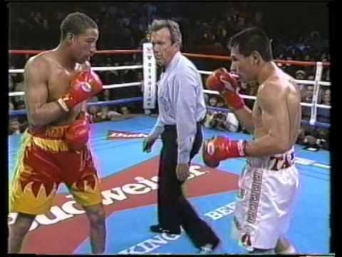 Kennedy McKinney Marco Antonio Barrera vs Kennedy McKinney 02031996 Complete
