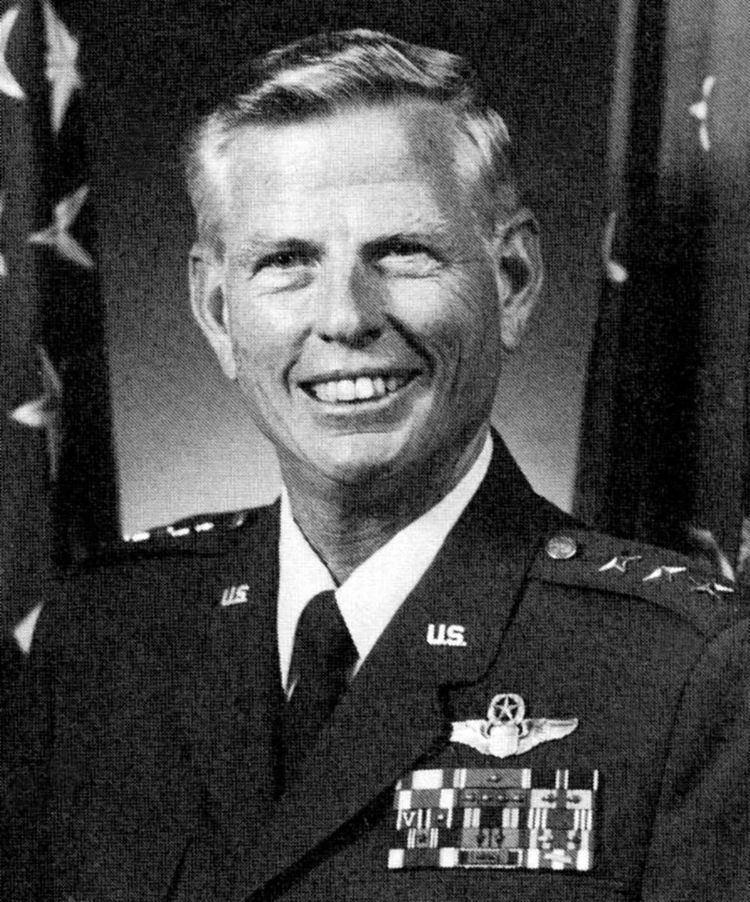 Kenneth L. Peek, Jr.