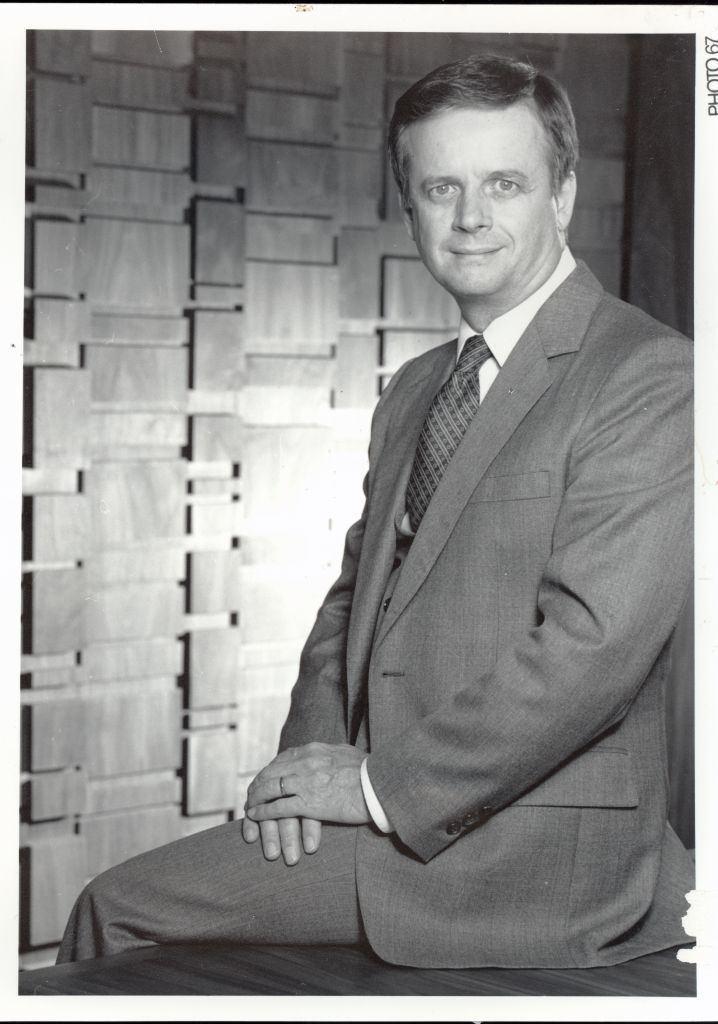 Kenneth Ozmon Dr Kenneth Ozmon