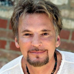 Kenny Loggins Kenny Loggins News Pictures Videos and More Mediamass