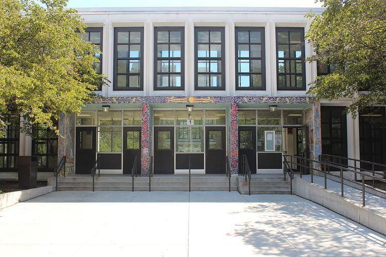 Kenwood Academy