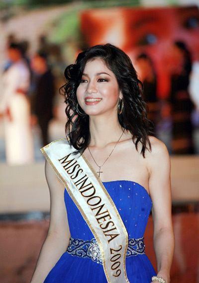 Kerenina Sunny Halim Indonesian Pageants Portal Miss Indonesia 2010 Part 3