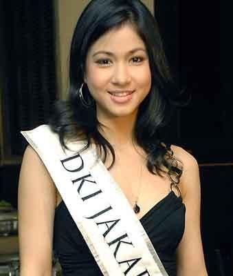 Kerenina Sunny Halim Kerenina Sunny Halim Juara Miss Indonesia 2009 Writing