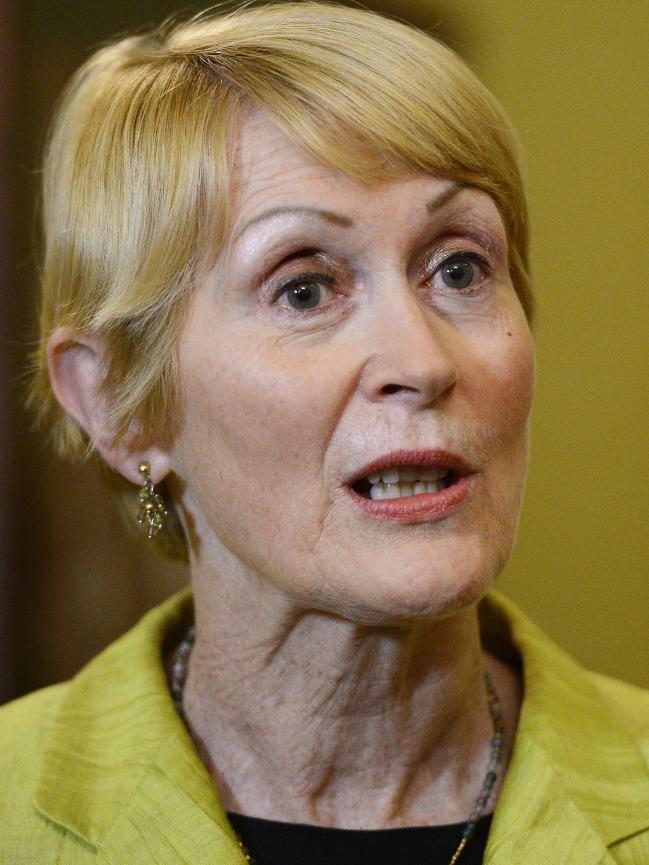 Kerry Sanderson Premier announces Kerry Sanderson as WA39s first woman