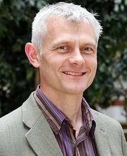 Kevin Anderson (scientist) Global warming professor Kevin Anderson cuts back on washing and