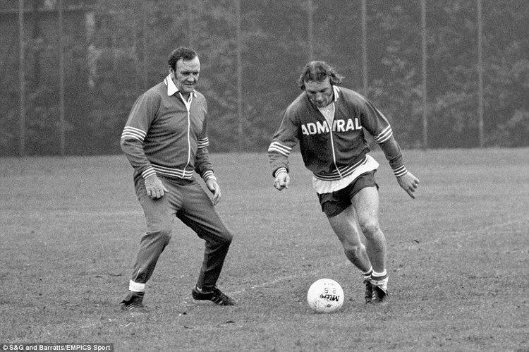 Kevin Beattie Sir Alf Ramsey to Sir Alex Ferguson Footballs golden years in