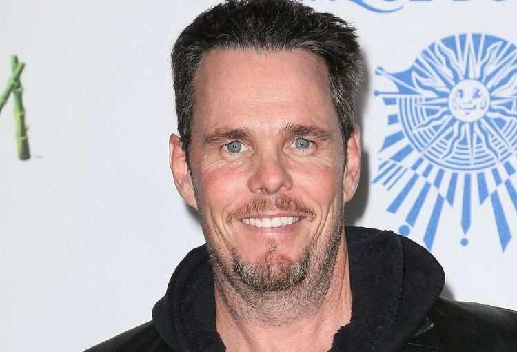 Kevin Dillon Kevin Dillon Will Attempt To Save A Beatle In The Lennon