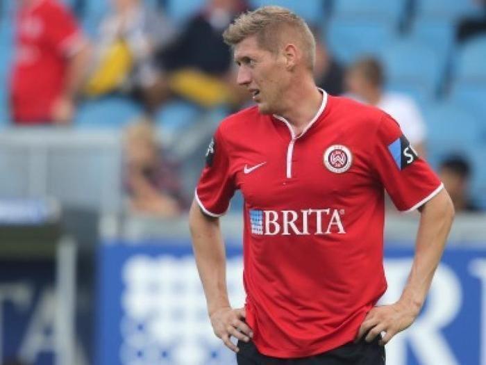 Kevin Schindler SV WehenWiesbaden Kevin Schindler ist nach Derby gegen