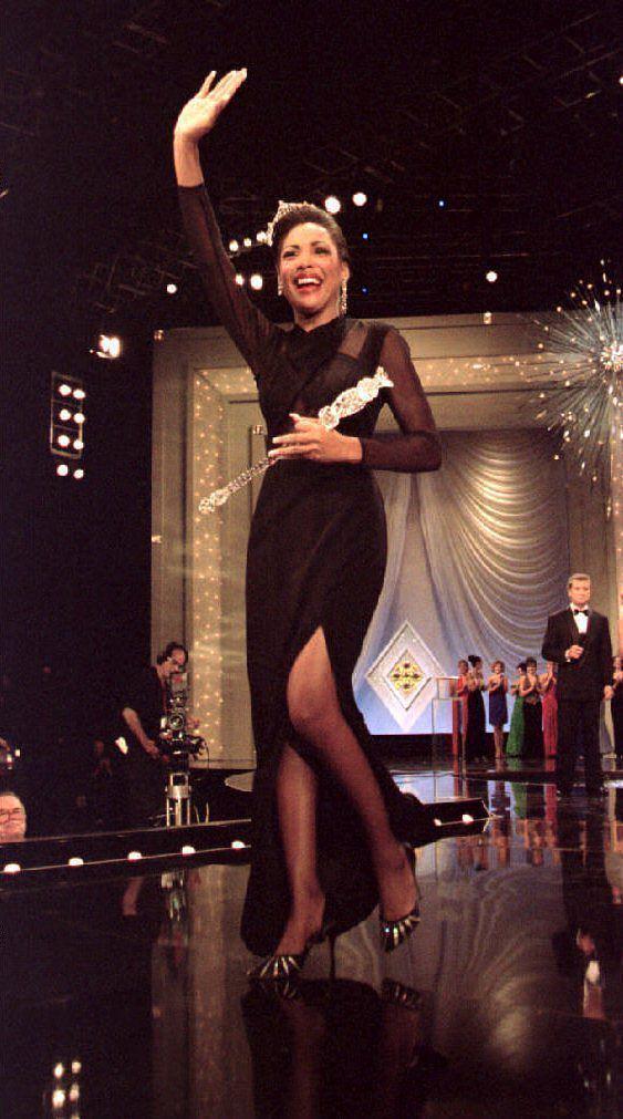 Kimberly Clarice Aiken Miss America Kimberly Clarice Aiken waves to the c NJcom