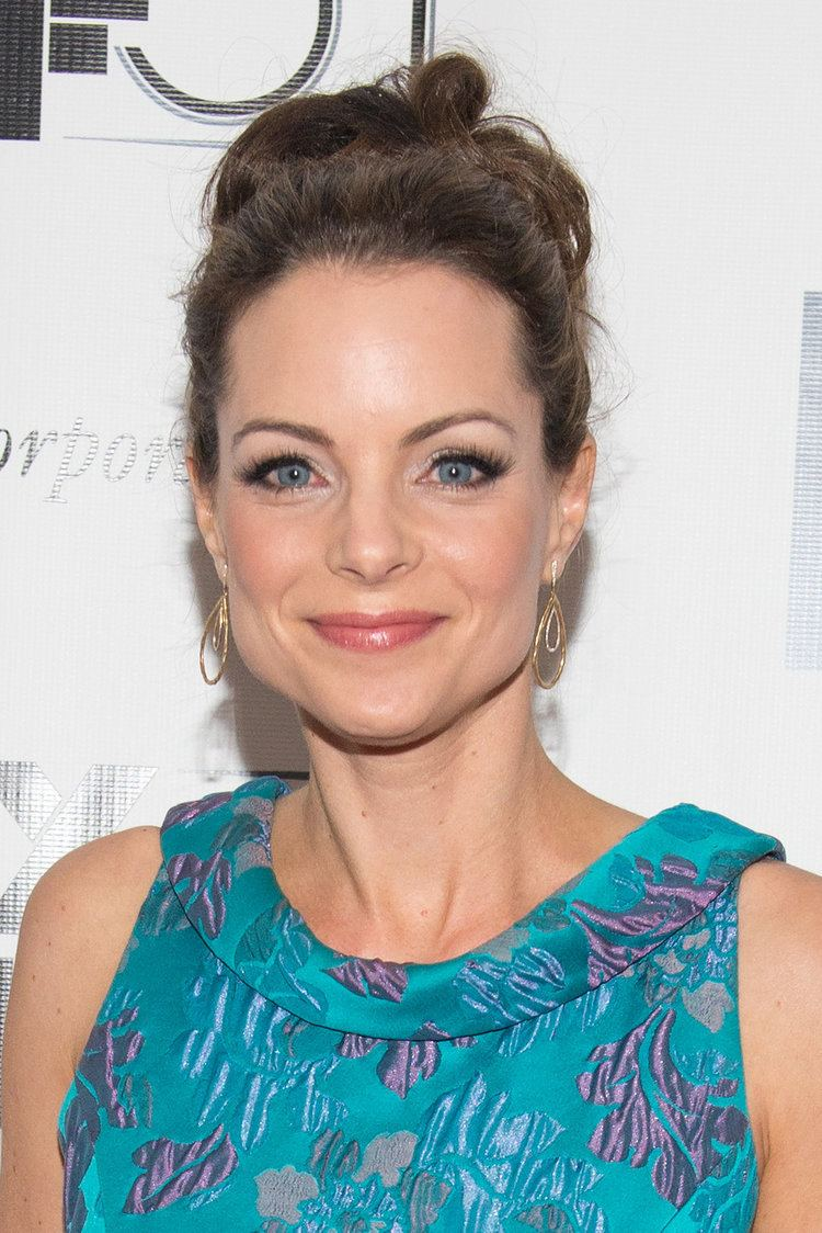 Kimberly Williams-Paisley Kimberly WilliamsPaisley went with a waved updo and