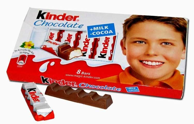 Kinder Chocolate Kinder Chocolate Replaces White Kid on Packaging with Immigrant Kids