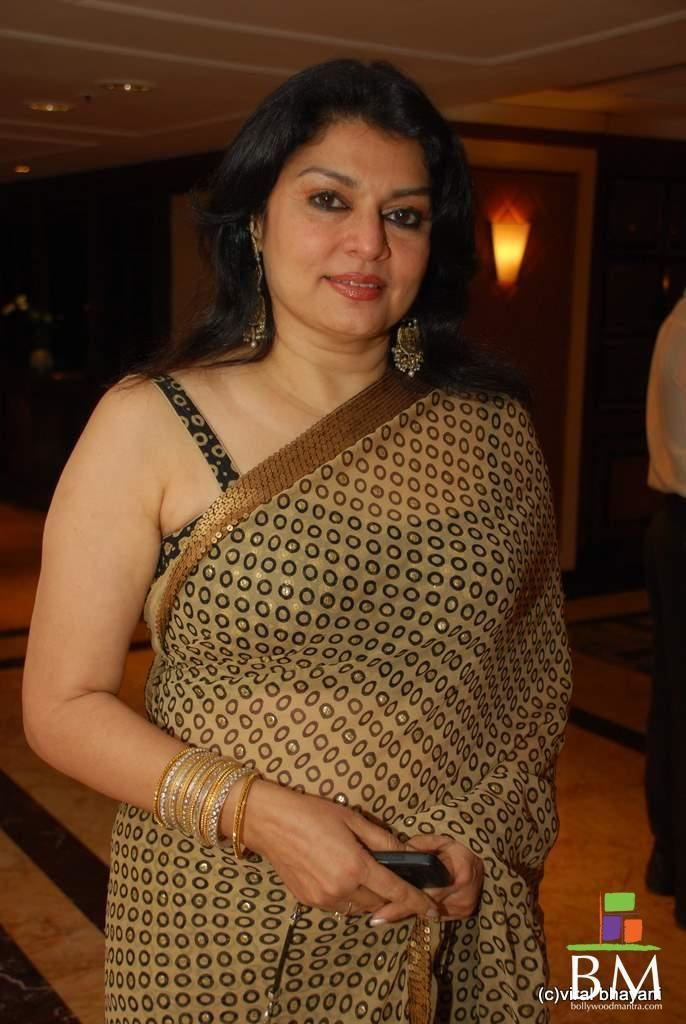 Kiran Juneja Kiran Juneja Ramesh Taurani 25th Wedding Anniversary