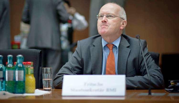 Klaus-Dieter Fritsche Eklat im NSUAusschuss Innenministerium VMannNamen
