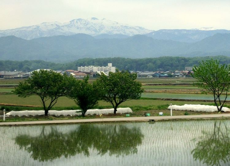 Komatsu, Ishikawa FileMount Haku in May from Komatsu Ishikawa prefecturejpg Wikipedia