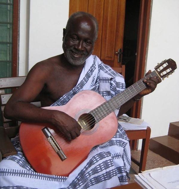 Koo Nimo Ghana Speaks IV and Koo Nimo plays guitar and sings