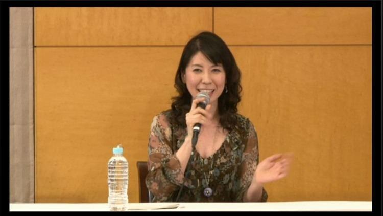 Kotono Mitsuishi Kotono Mitsuishi the voice of Sailor Moon narrates the Japanese